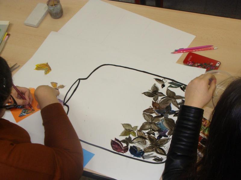 Khadija et Petimate Ter L arts plastiques